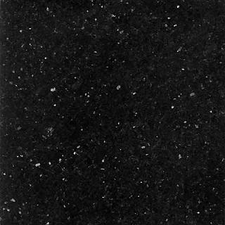 Massiv køkken bordplade i sort stjernehimmel granit sten