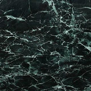 Massiv køkken bordplade i grøn og sort marmor sten