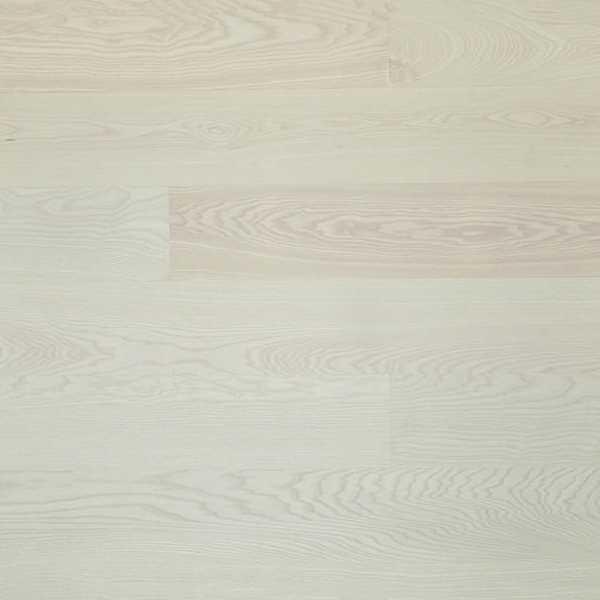 Trægulv massiv lamelplank mat hvidlakeret ask træ gulv lys